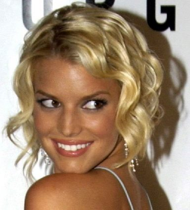 jessica simpson curly hairstyles. Jessica Simpson Short Hair